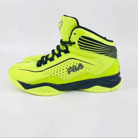 7883ebb3786 Fila Other - Fila Mens Green Entrapment Basketball Shoes Sz 9